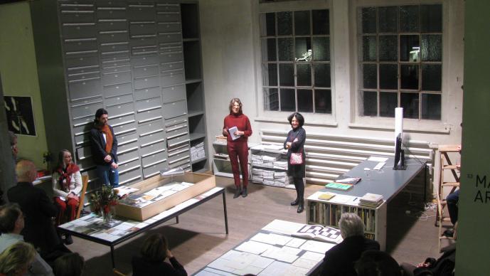 33 Jahre_Galerie Susanna Kulli_Ein Materialbuch_
